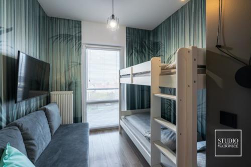apartament-NEON-lozko-pietrowe