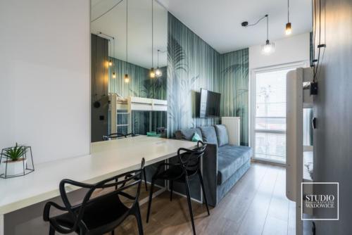apartament-NEON-pokoj-sypialny
